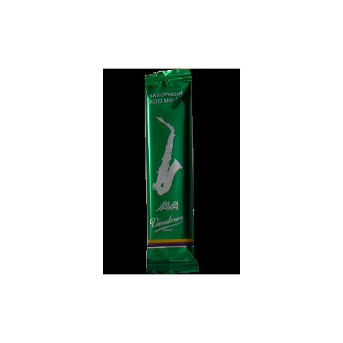 Vandoren Java Green Alto Saxophone Reed, Strength 3.5